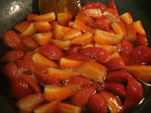 strawberry sauce reducing